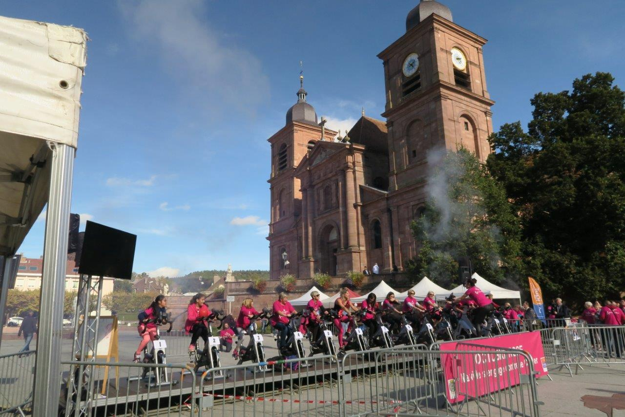 Photo d'activité sur vélo place de la cathédrale