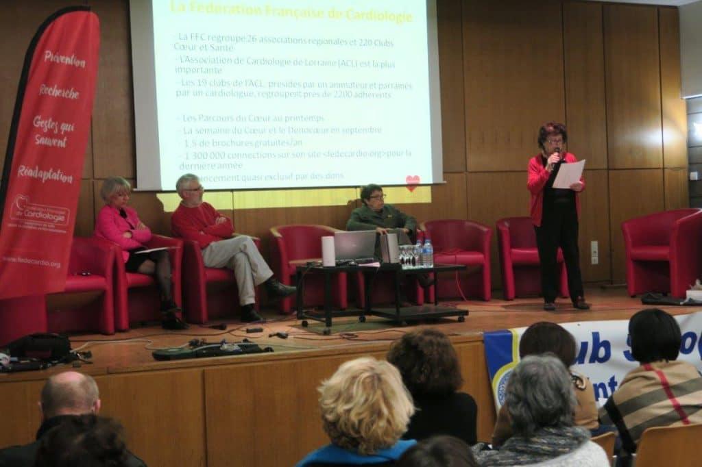 Photo des présidentes des Clubs Soroptimist et Ceor et Santé et les cardiologues