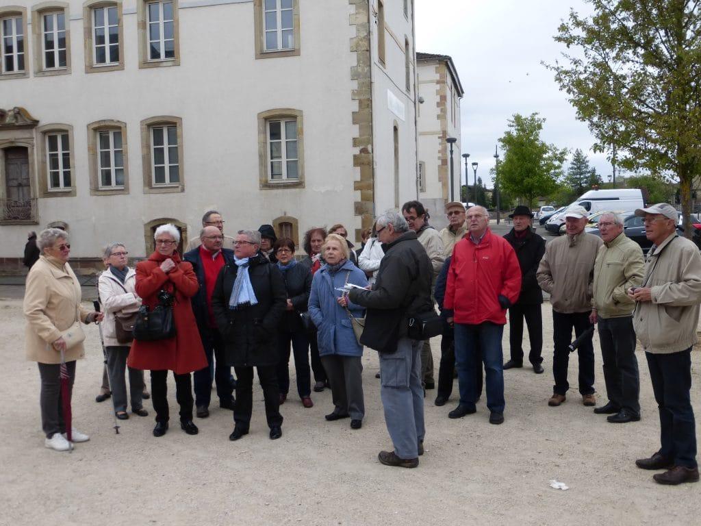 Photo du départ de la visite en ville