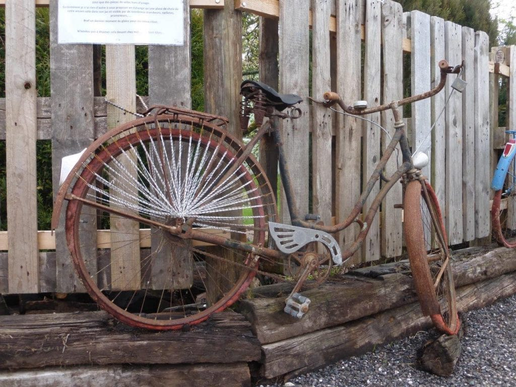 Photo d'un des vieux vélos à Saint-Léonard