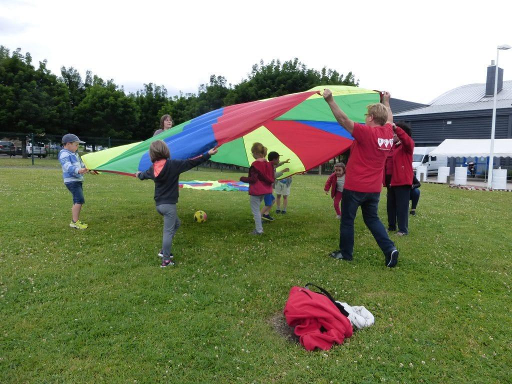 Photo du jeu du parachute