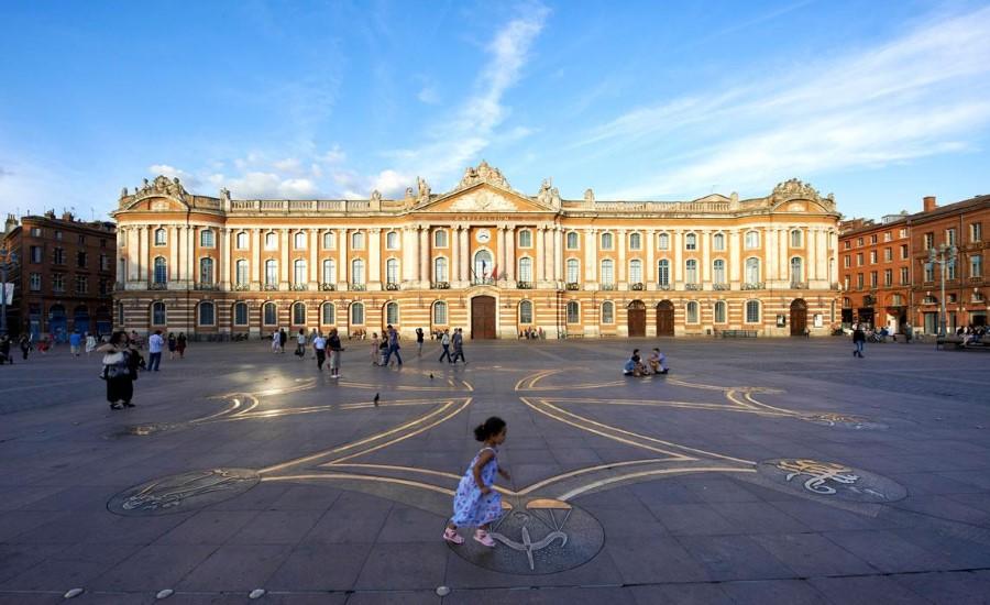 Vue de la Place du Capitole à Toulouse