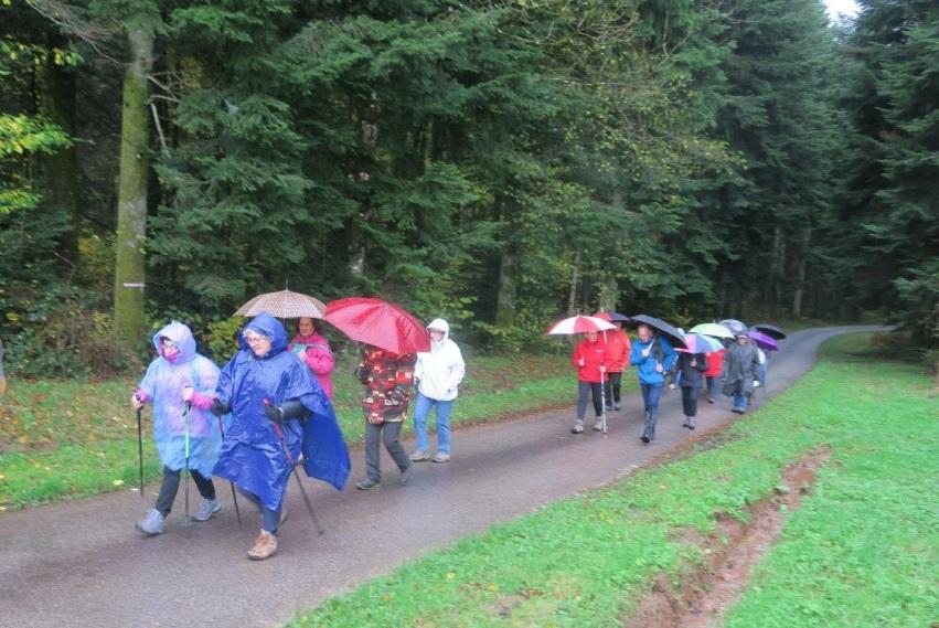Photo du départ sous la pluie