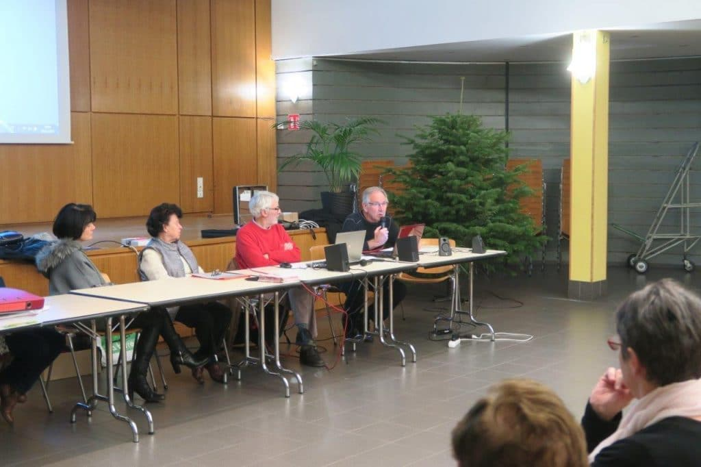 Photo de Michel Antoine et des membres du bureau
