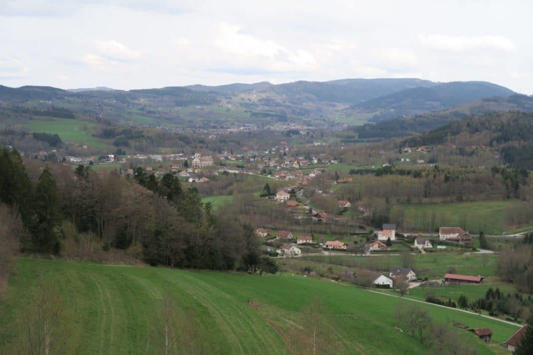Panorama vers la vallée
