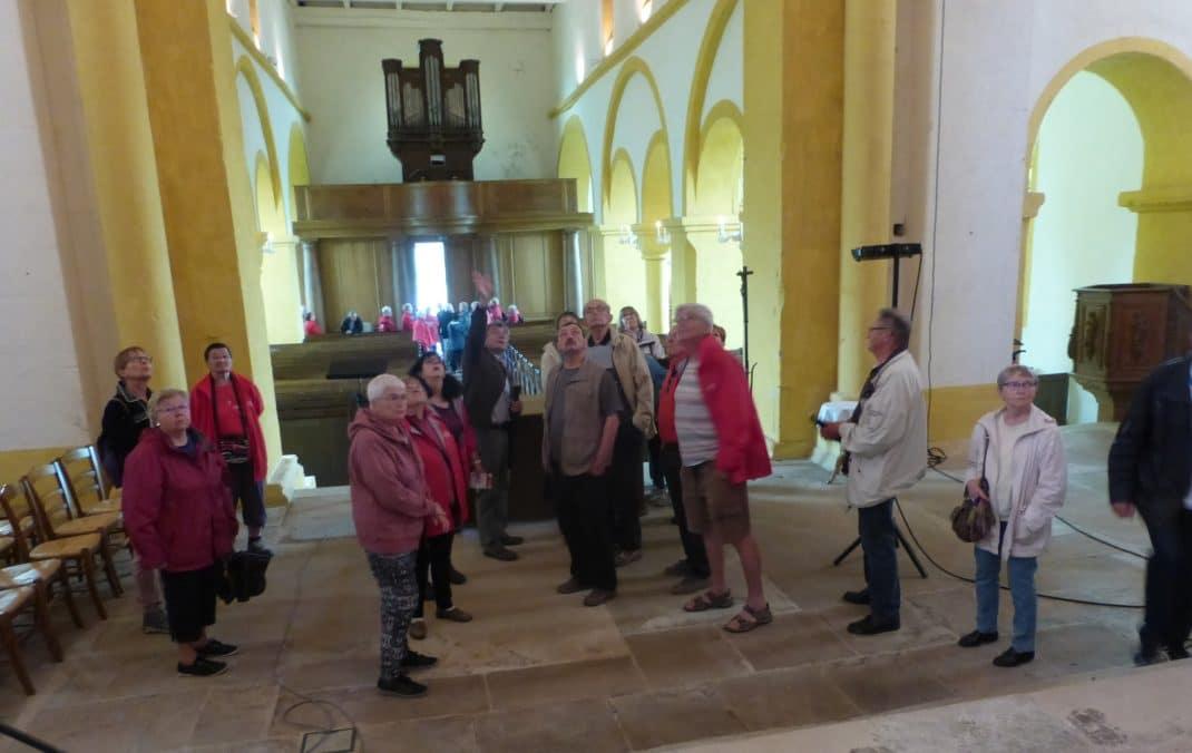 Photo à l'intérieur de l'Eglise
