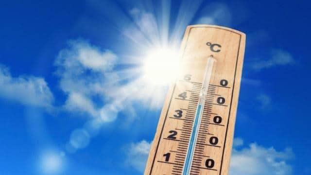 photo d'un Thermomètre et du soleil