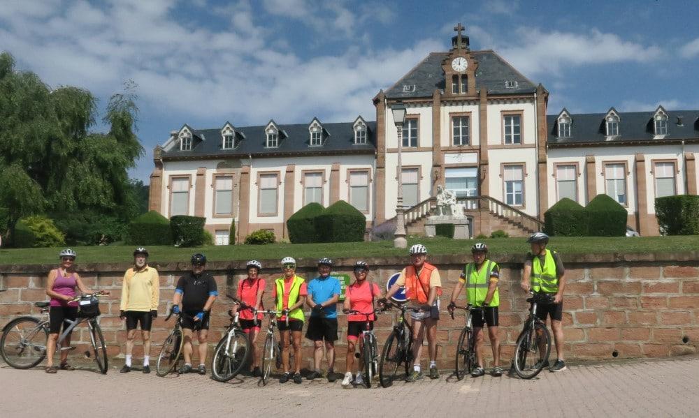 Photo du groupe des 10 cycliste