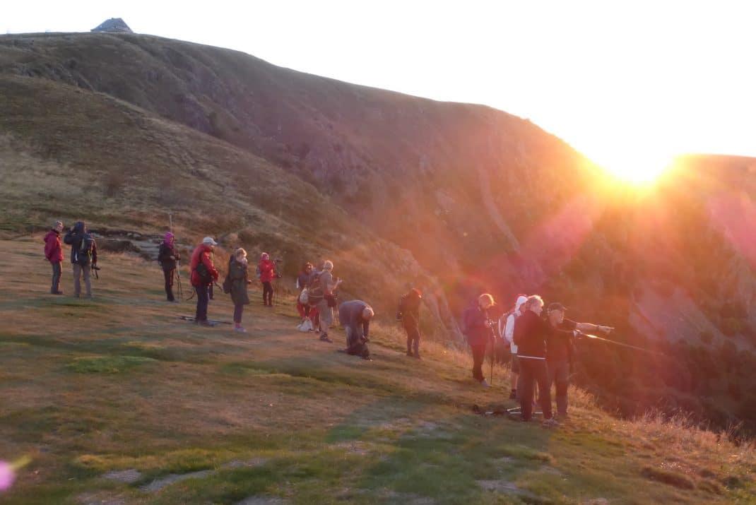 Les marcheurs au lever du soleil