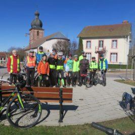 Photo du groupe devant la fontaine