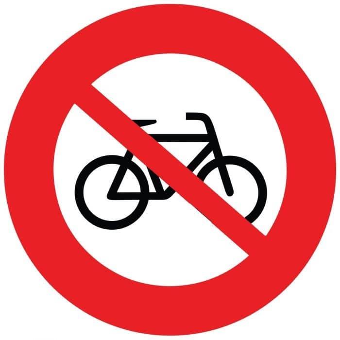 Panneau interdiction vélo
