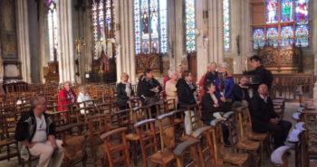 Le groupe dans la Basilique