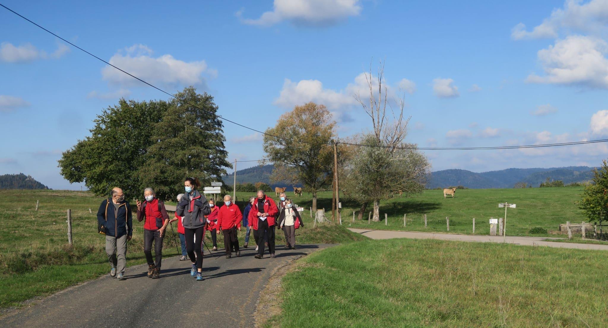 les marcheurs aux environs de Deyfosse